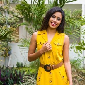 Féminine et légère, la robe courte Costa Rica est idéal pour les journées ensoleillées.  Portée au-dessus des genoux : elle sublime les jambes et magnifie la silhouette.   ✅ commandez sur WWW.KENZA.RE 🚚 livraison à domicile  🛍retrait en magasin   #fashion #mode #974 #tendancefemme #nouvellecollection #reunion